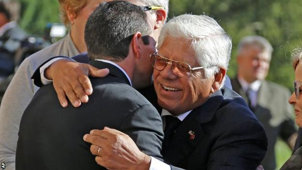 Former US Open and Open winner Lee Trevino, centre, at a memorial service for Arnold Palmer