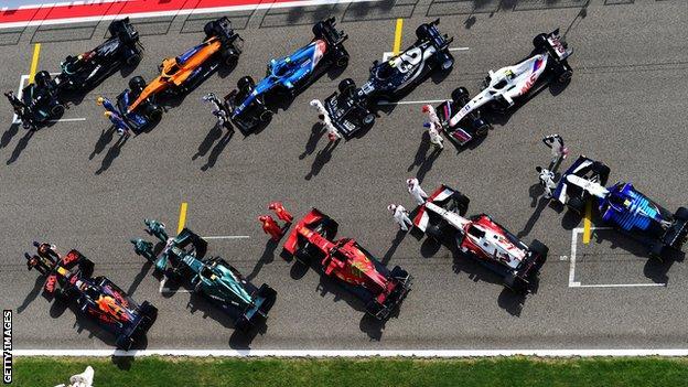 F1 cars at testing