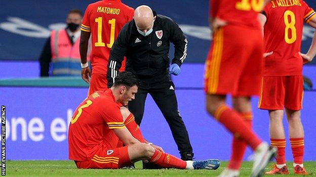 Wales forward Kieffer Moore was forced off after just 40 minutes at Wembley