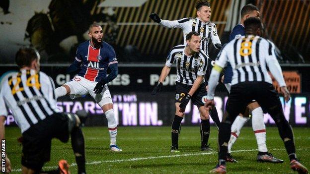 Xem lại bóng đá Angers SCO vs PSG, Ligue 1 (17/01)