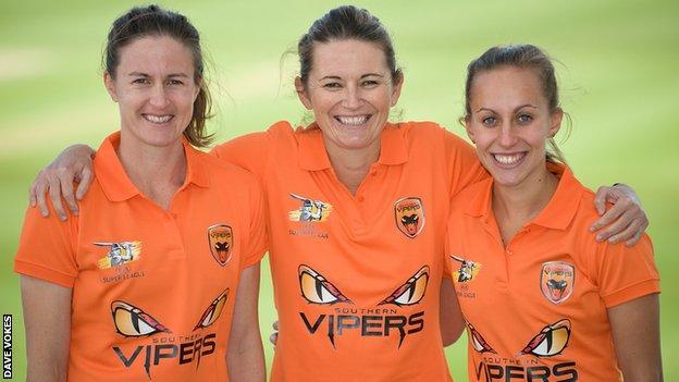 Lydia Greenway, Charlotte Edwards and Tash Farrant