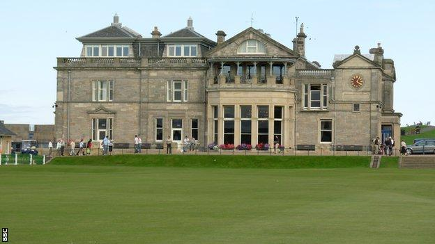 The club house of the Royal Ancient golf club, St Andrews, Fife, Scotland