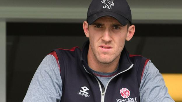 Craig Overton: Somerset paceman signs new contract until 2023 thumbnail