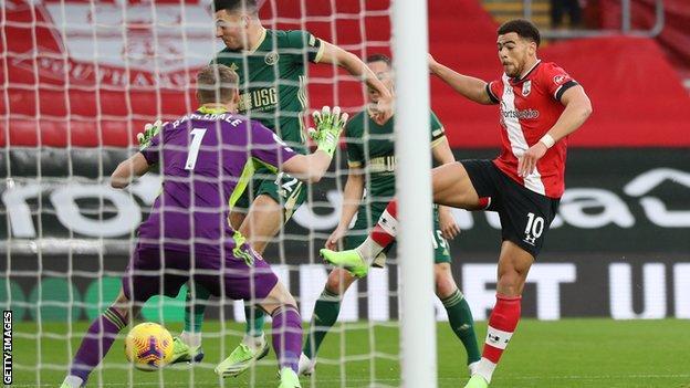 Che Adams, Southampton için Sheffield United'a karşı gol attı