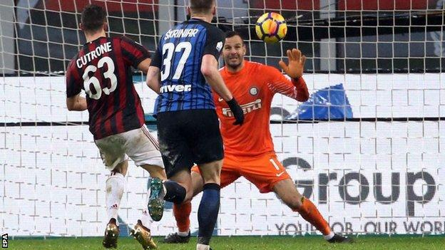Patrick Cutrone scores the only goal of the game at the San Siro