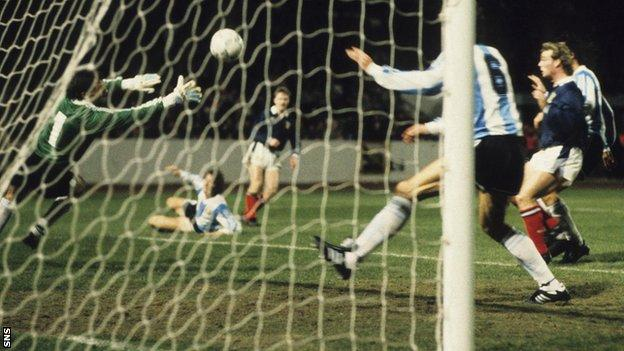 Stewart McKimmie's goal against the world champions was his first since netting against Clydebank five years earlier