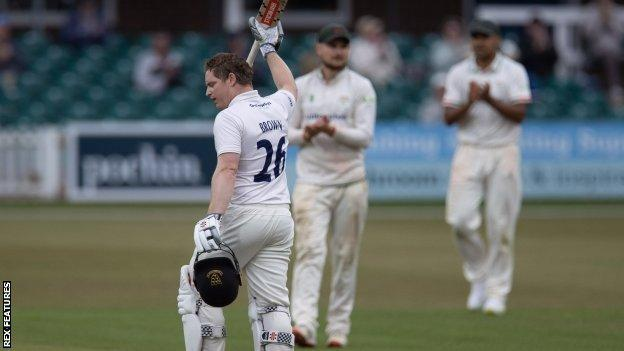Ben Brown hit his 21st first-class century out of Sussex's 310-4 against Leicestershire