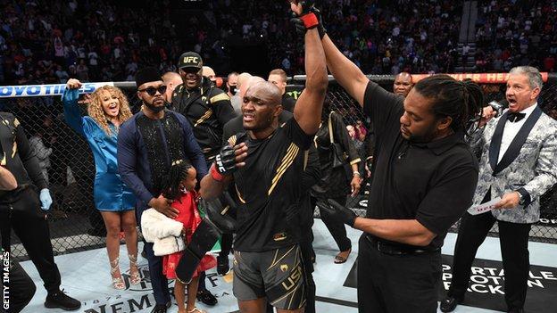 UFC 261: Kamaru Usman knocks out Jorge Masvidal to cap incredible night in Jacksonville thumbnail