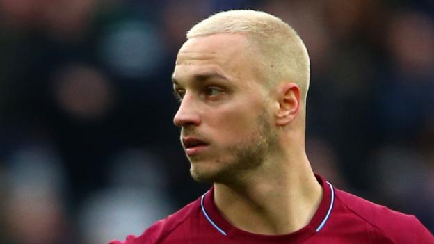 Marko Arnautovic: West Ham forward can leave if price is right says Manuel Pellegrini thumbnail