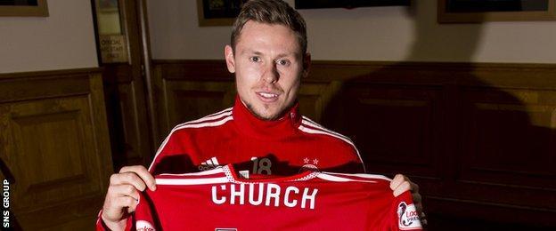 New loan signing Simon Church