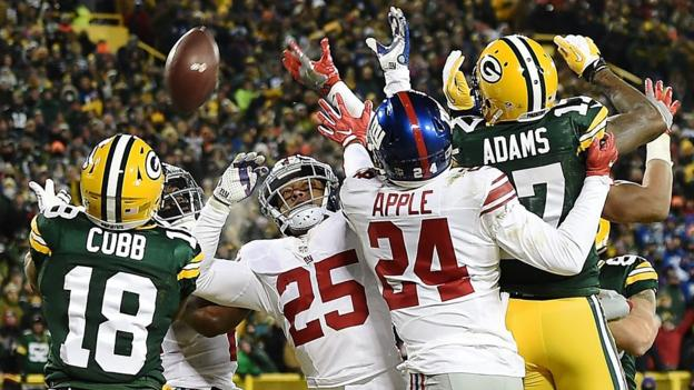 Watch Rodgers throw 'unbelievable' Hail Mary
