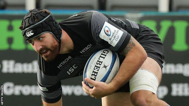 Gary Graham scores a try for Newcastle