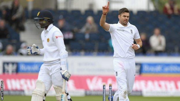 James Anderson celebrates the wicket of Shaminda Eranga