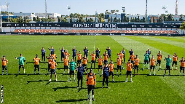 Mouctar Diakhaby: Valencia president says alleged racist abuse shows football must change thumbnail