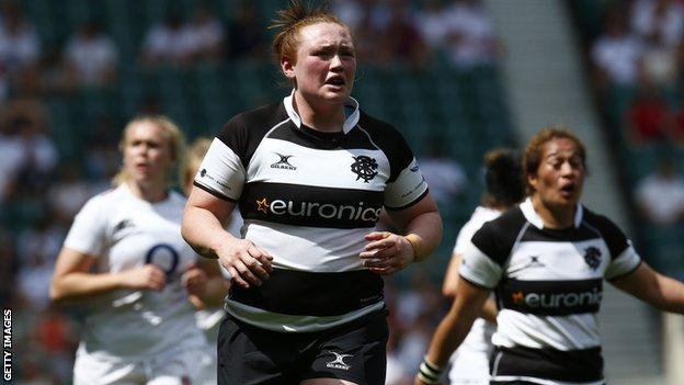 Laura Keates playing for the Barbarians