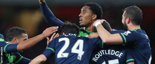 Swansea celebrate Wayne Routledge's equaliser