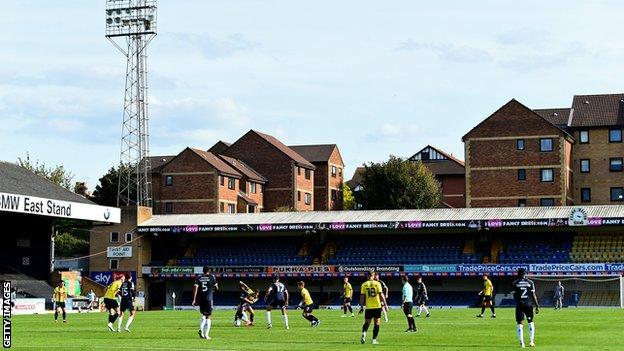 League Two action between Southend United and Harrogate Town