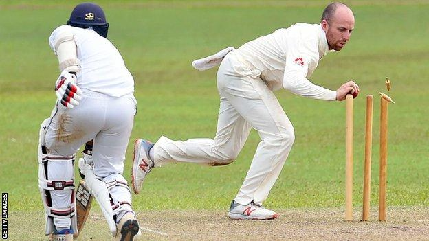 Jack Leach in action