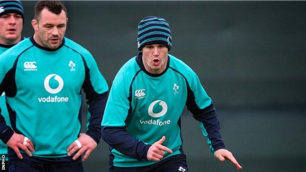 Cian Healy and Johnny Sexton