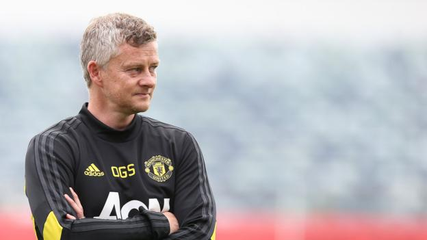 Manchester United: Ole Gunnar Solskjaer's big issues to tackle thumbnail