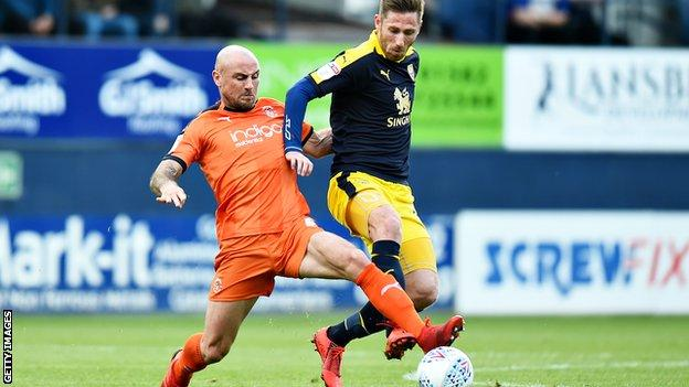 Alan McCormack in action for Luton Town