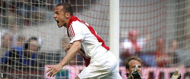 Ajax defender Johnny Heitinga