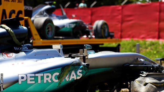Hamilton and Rosberg's damaged cars