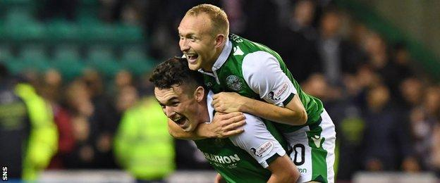Hibs' John McGinn and Dylan McGeouch celebrate