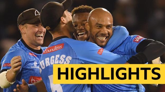 T20 Blast: Tymal Mills hat-trick as Sussex Sharks beat Glamorgan thumbnail