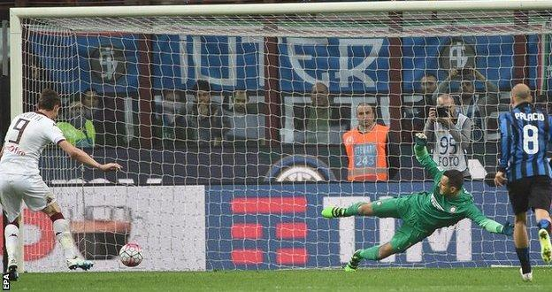 Andrea Belotti scores a penalty
