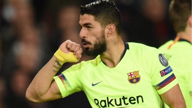 Man Utd 0-1 Barcelona: Luke Shaw's own goal gives Barca advantage in Champions League thumbnail