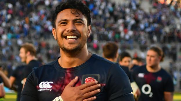 England beat Argentina thanks to Denny Solomona's late try