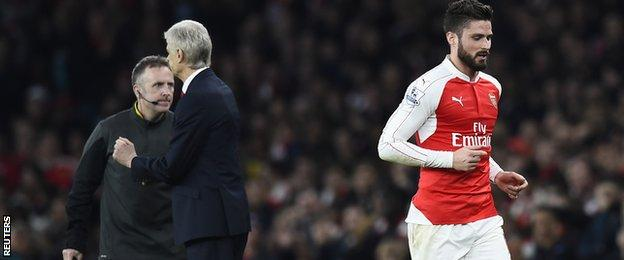 Olivier Giroud was substituted by Arsene Wenger following Per Mertesacker's sending off against Chelsea
