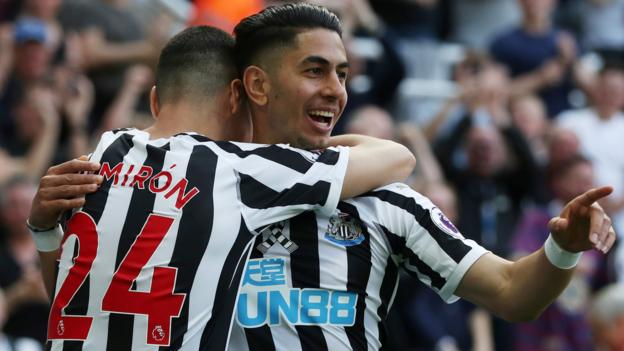 Newcastle United 3-1 Southampton: Ayoze Perez hat-trick gives Newcastle victory thumbnail