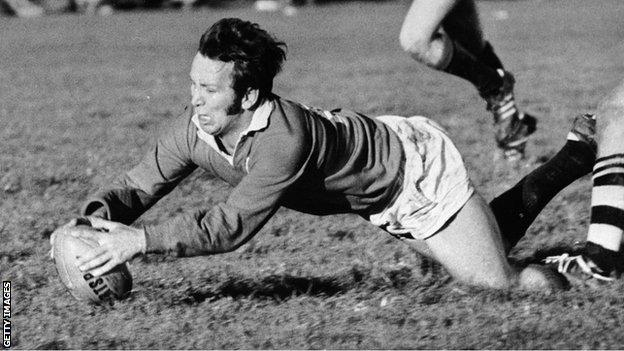 John Dawes in action for the Lions in 1971