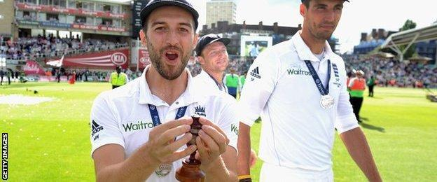 Mark Wood & Steven Finn