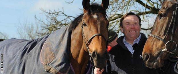 Trainer Nicky Henderson with Bob's Worth (left)