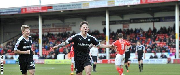 Josh Brownhill celebrates for Barnsley
