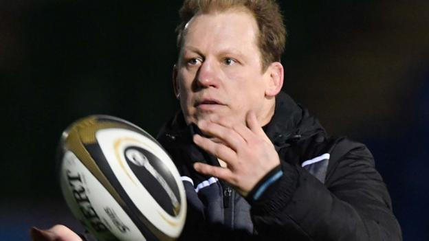 Petrus du Plessis on NHS return: Glasgow Warriors prop 'didn't want to sit at home' thumbnail