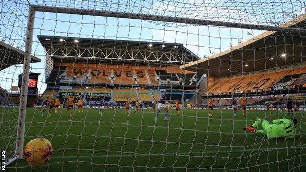 Anwar El Ghazi scores a penalty against Wolves