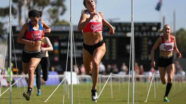 STAWELL, AUSTRALIA - APRIL 20: Bree Masters (centre) wins her heat during the 2019 Stawell Gift at Central Park on April 20, 2019 in Stawell, Australia. (Photo by Luke Hemer/Getty Images)
