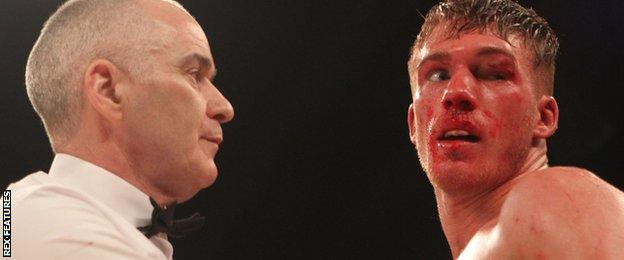 Referee and Nick Blackwell