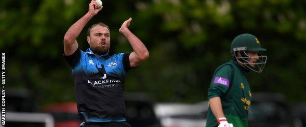 Worcestershire captain Joe Leach took three of the six Nottinghamshire wickets to fall