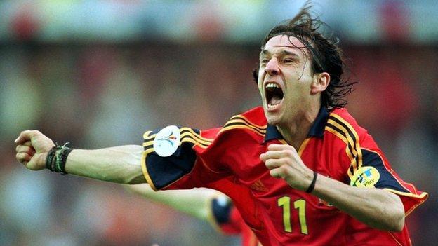 Spain's Alfonso celebrates his winner
