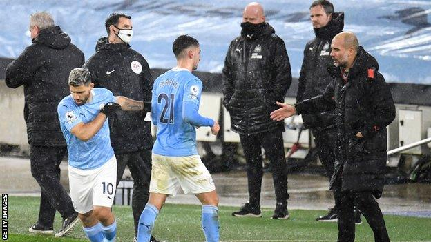 Sergio Aguero comes on for Ferran Torres