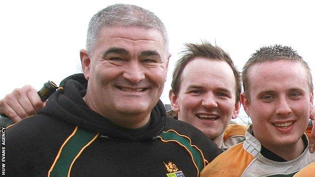 , John Manders elected to WRU national council, beating Nigel Davies and Ieuan Evans