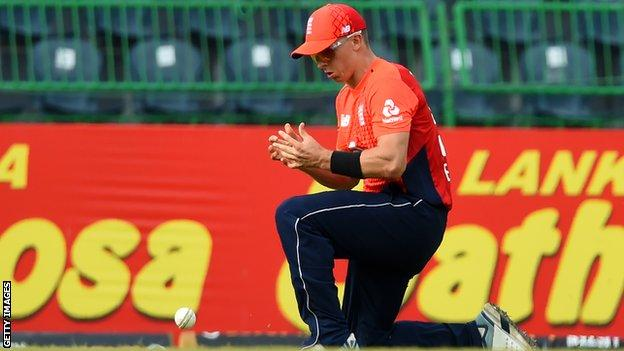 England bowler Tom Curran drops a chance during defeat by Sri Lanka