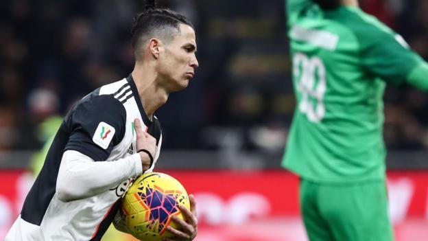 AC Milan 1-1 Juventus: Cristiano Ronaldo's late penalty rescues Juve thumbnail