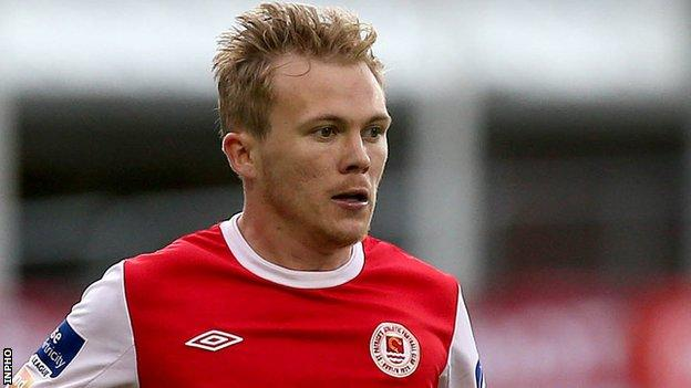 Conor McCormack has joined Derry until the end of the season
