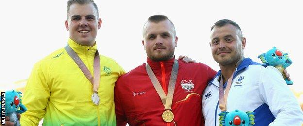 Nick Miller receives his gold medal at Gold Coast 2018